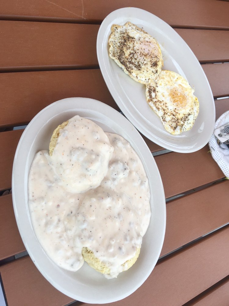 Maple Street Biscuit Company - Riverview: 10777 Big Bend Rd, Riverview, FL