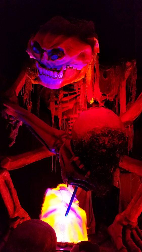 Creepy Hollow Haunted House: 12872 Valley Vista Dr, Rosharon, TX