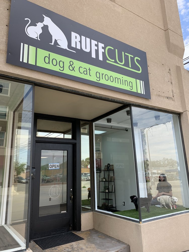 Ruffcuts Dog & Cat Grooming: 109 N 4th St, Norfolk, NE