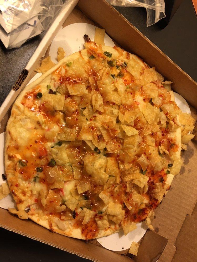 Fongs Pizza Ankeny: 1450 SW Vintage Pkwy, Ankeny, IA