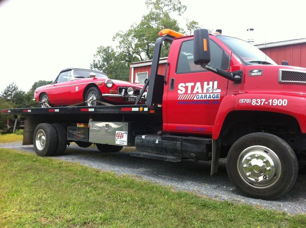 Stahl Brothers Garage: 40 N Shuman St, Middleburg, PA