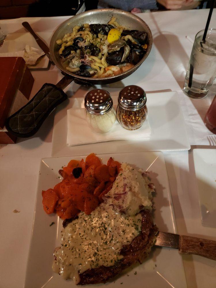 Table At 10: 10 N Washington St, North Attleborough, MA