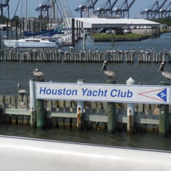 Houston yacht club lounges 3620 miramar dr la porte for Houston la porte