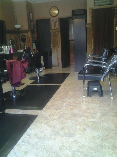 Hair Barn: 180 East Jackson St, Gate City, VA