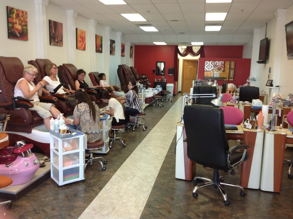 VIP nails: 1000 45th St, Fargo, ND