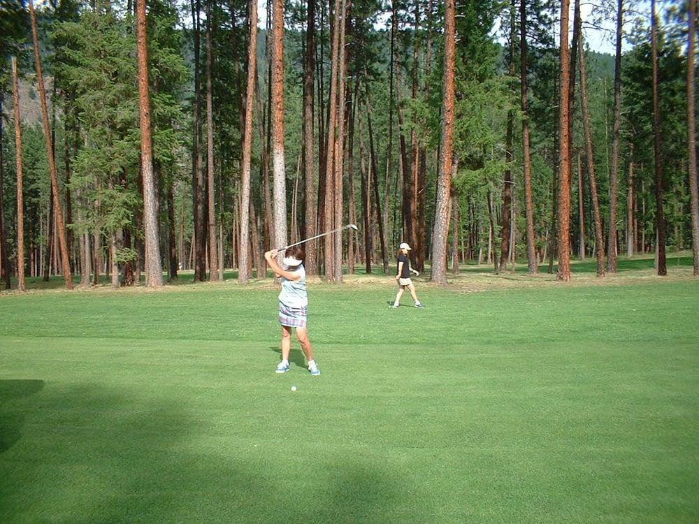 Christina Lake Golf Club: 339 2nd Avenue, Christina Lake, BC