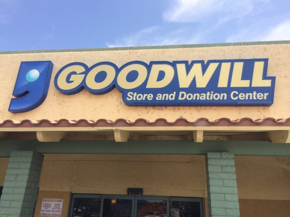 Goodwill 30 reviews thrift stores 4005 n 16th st for Furniture 7 phone number