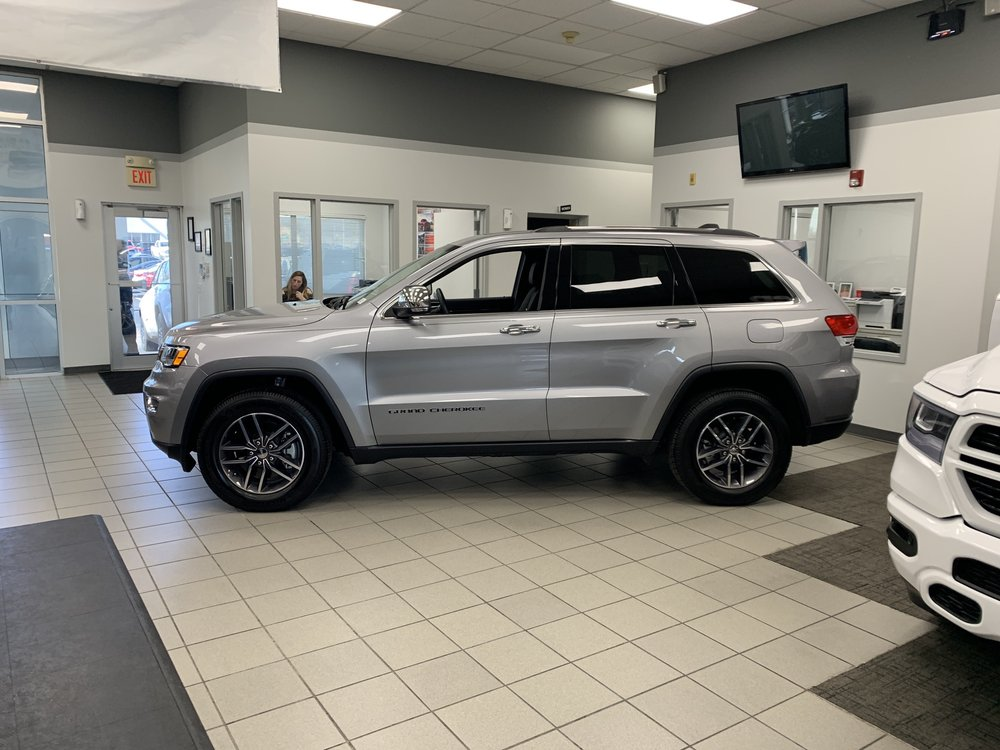Royal Gate Dodge >> New Jeep Grand Cherokee For Sale At Royal Gate Dodge Chrysler Jeep