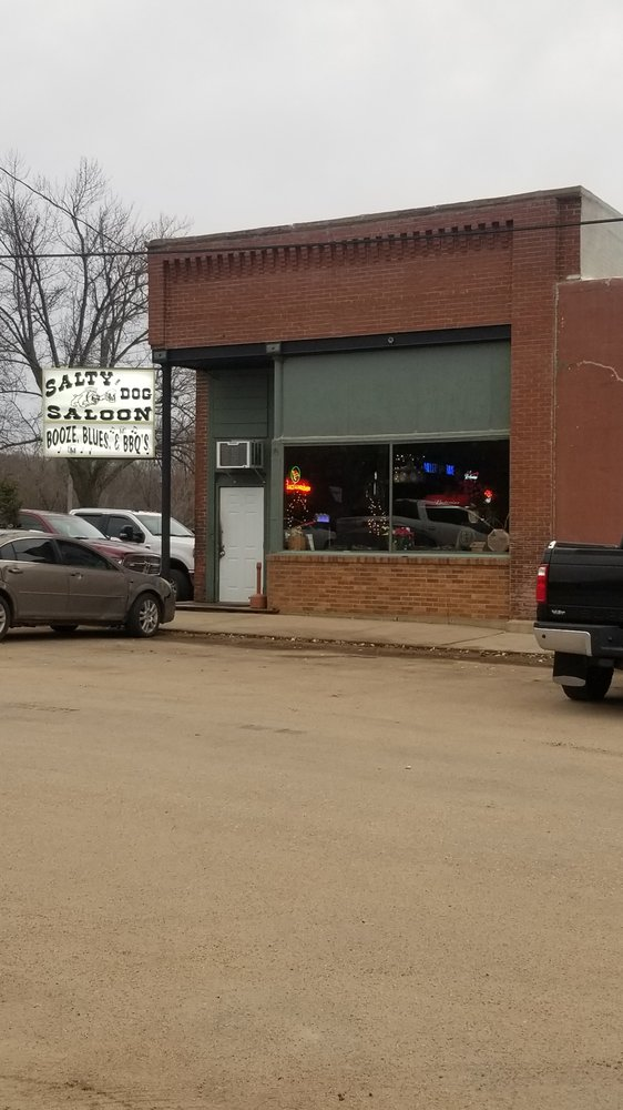 Salty Dog: 200 W Main St, Steele City, NE