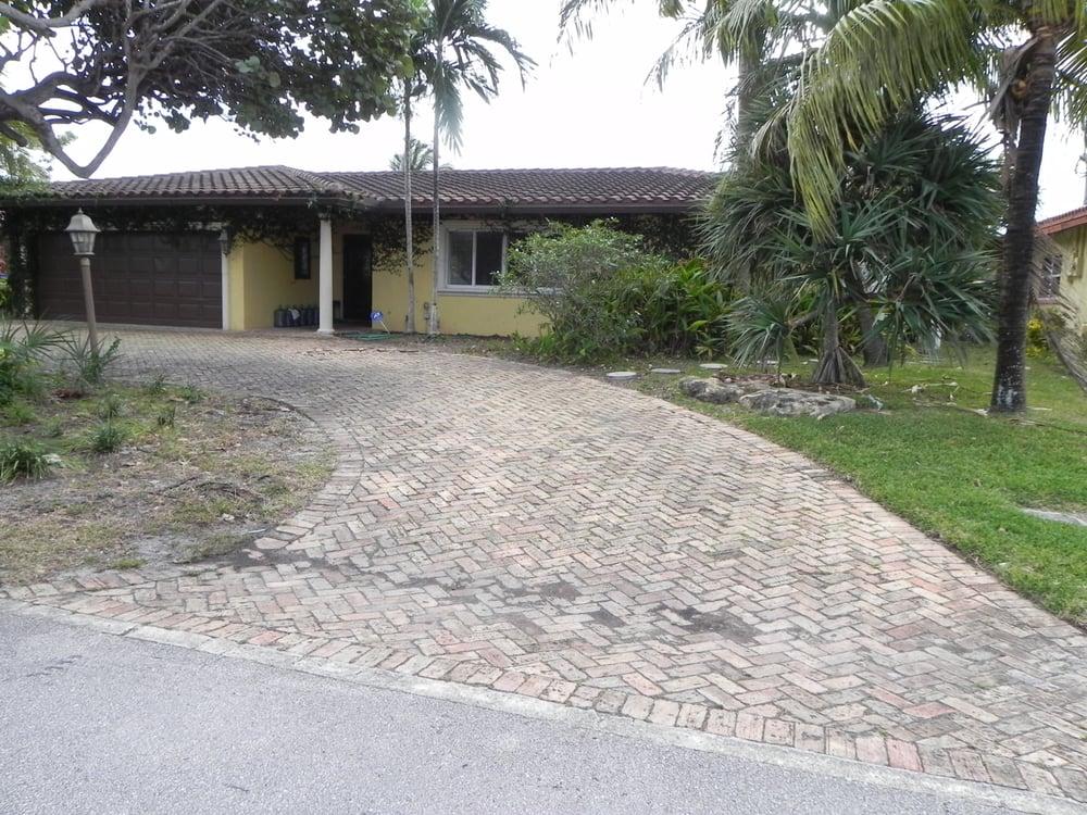 Design for living property preservation lukket for 11245 sw 43 terrace