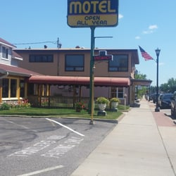 Photo Of Travelers Inn Motel Eagle River Wi United States