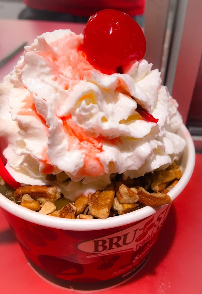 Bruster's Real Ice Cream: 20303 Bruce B Downs Blvd, Tampa, FL