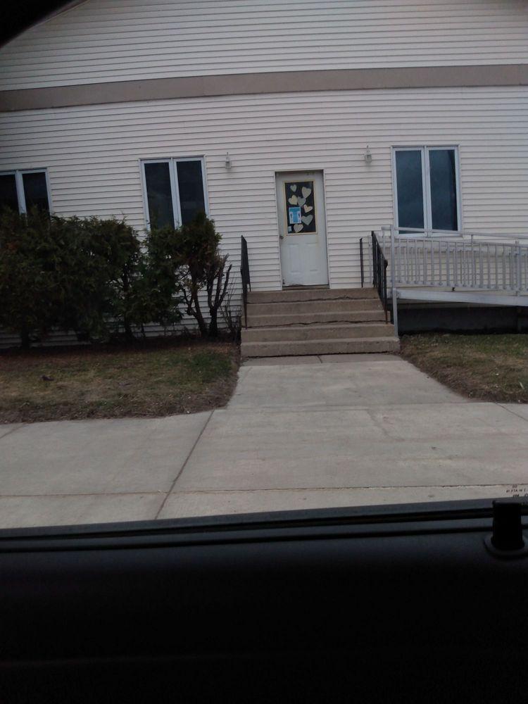 Prairie Dental Centers PA: 200 E Main St, Ada, MN