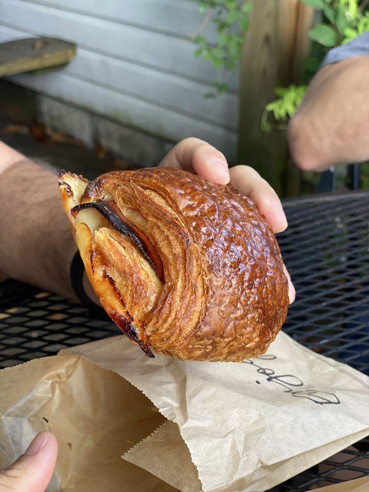 Flat Rock Village Bakery: 2710 US Highway 225, Flat Rock, NC