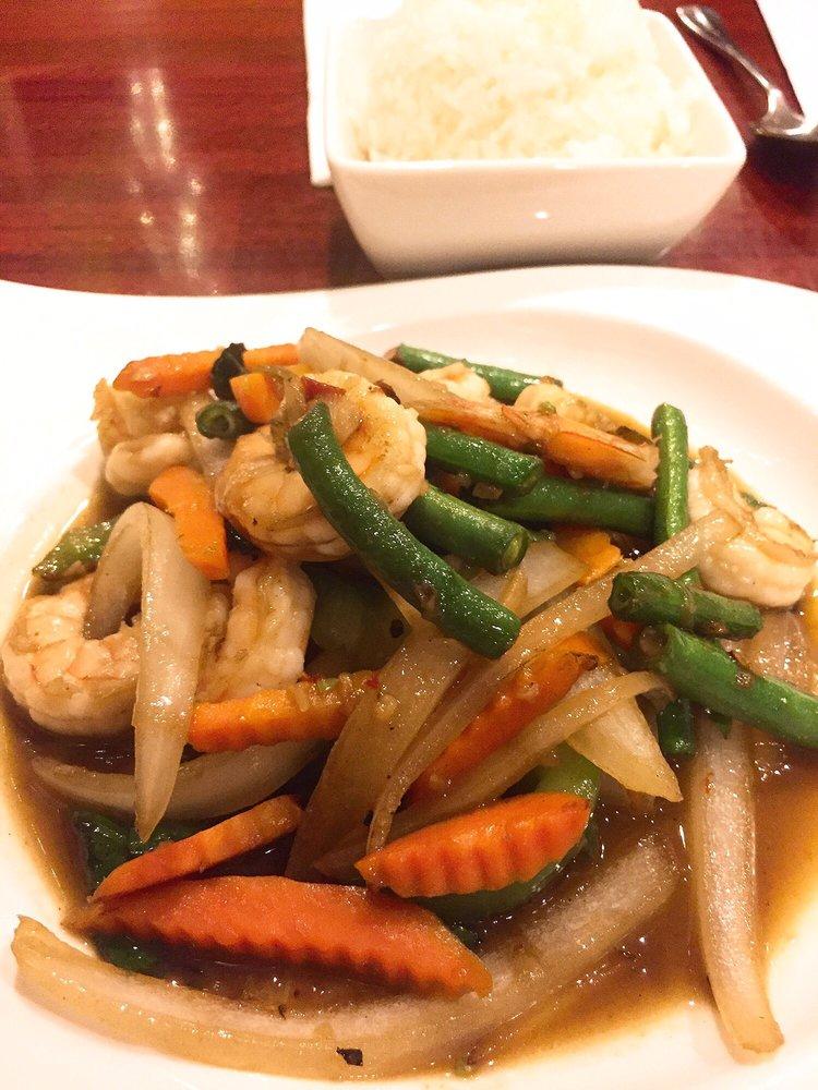 Thai Restaurant On Union Turnpike