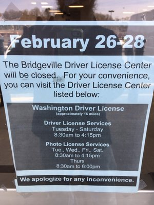 what time does the drivers license center open