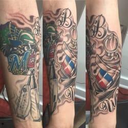 Str8 klownin ink 16 photos tattoo parlours 635 e for Tattoo removal milwaukee