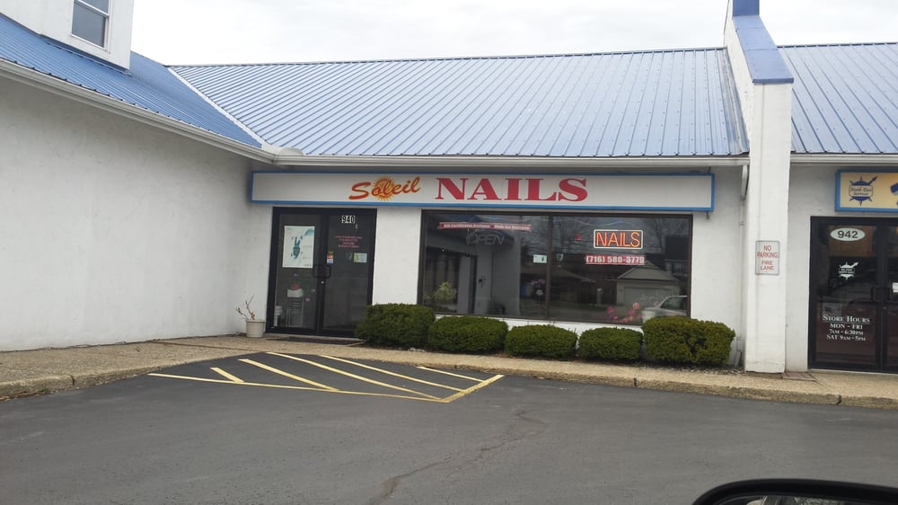 Soleil nails nail salons 940 maple rd buffalo ny for 108th and maple nail salon