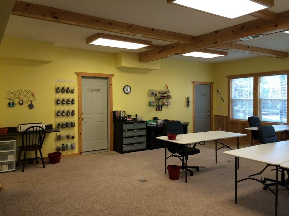 Sunnyside Retreat: 16349 Sunnyside Rd, Pine City, MN