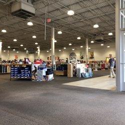 4c976a77c71c DSW Designer Shoe Warehouse - 23 Photos   24 Reviews - Shoe Stores - 2803  South Market St