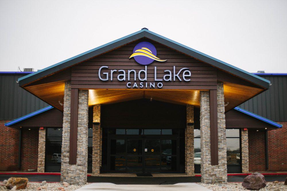 Grand Lake Casino: 24701 S 655th Rd, Grove, OK
