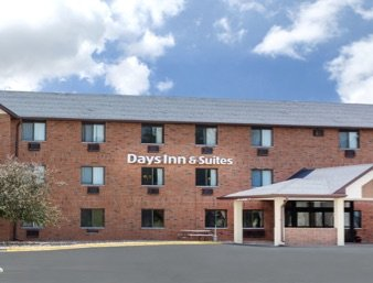 Days Inn & Suites by Wyndham Des Moines Airport: 1901 Hackley Avenue, Des Moines, IA