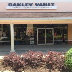 oakley outlet dawsonville ga