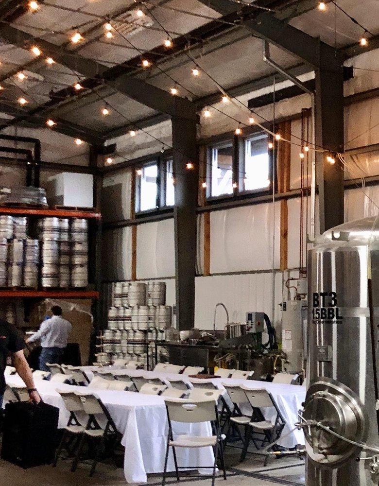 Powderhaus Brewing Company: 9719 W Chinden Blvd, Garden City, ID