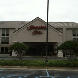 Photo Of Hampton Inn Adel Ga United States Entryway