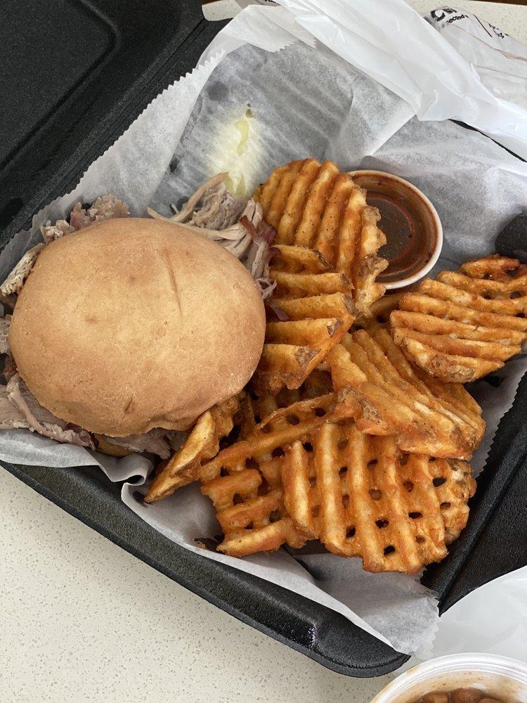 Big Apple Grill And Bar: 1005 Arcadia Cir, Murray, KY