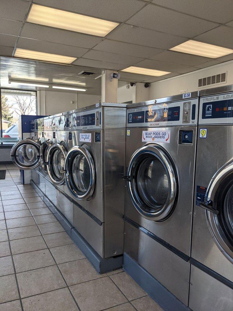 Holladay Laundromat: 4205 S Highland Dr, Holladay, UT
