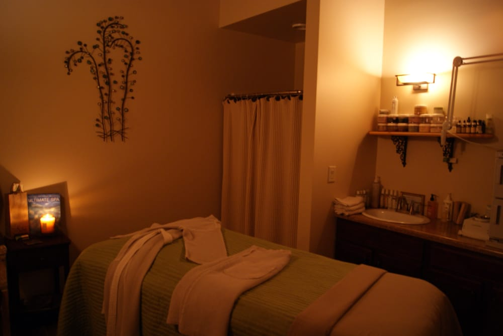 Selah Day Spa: 301 W University Dr, Mishawaka, IN