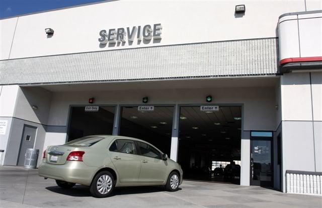 Jeep Dealership San Diego >> Service - Yelp