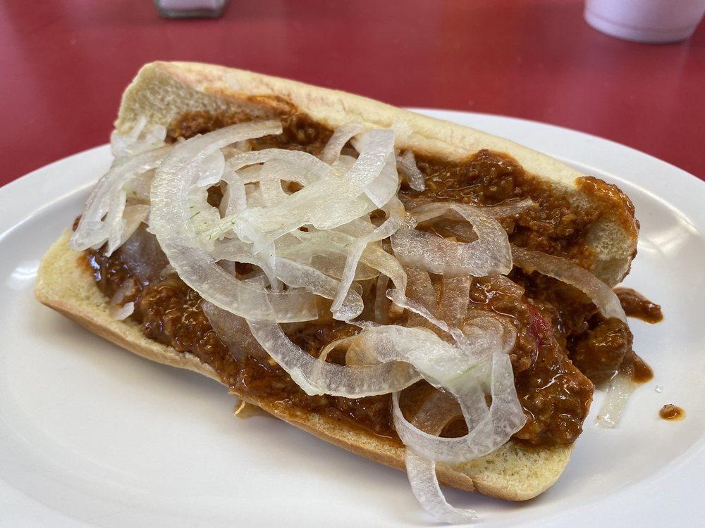 Robert's Grill: 300 S Bickford Ave, El Reno, OK