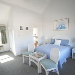 Photo Of Red Horse Inn Falmouth Ma United States Cottage Queen Room