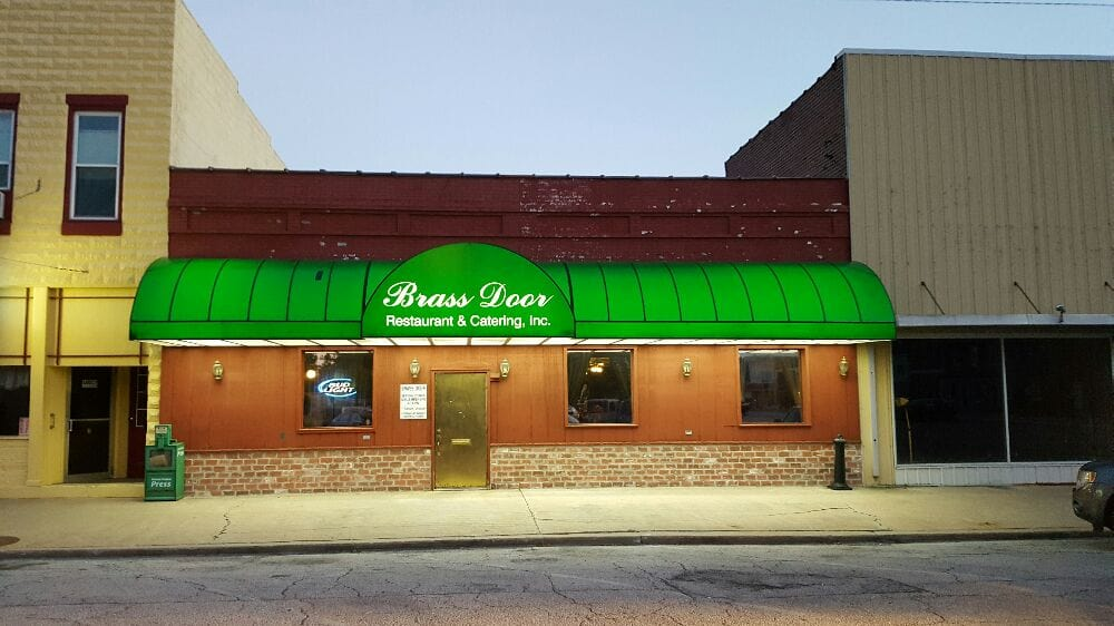 Brass Door Restaurant & Catering: 527 S Main St, Carrollton, IL