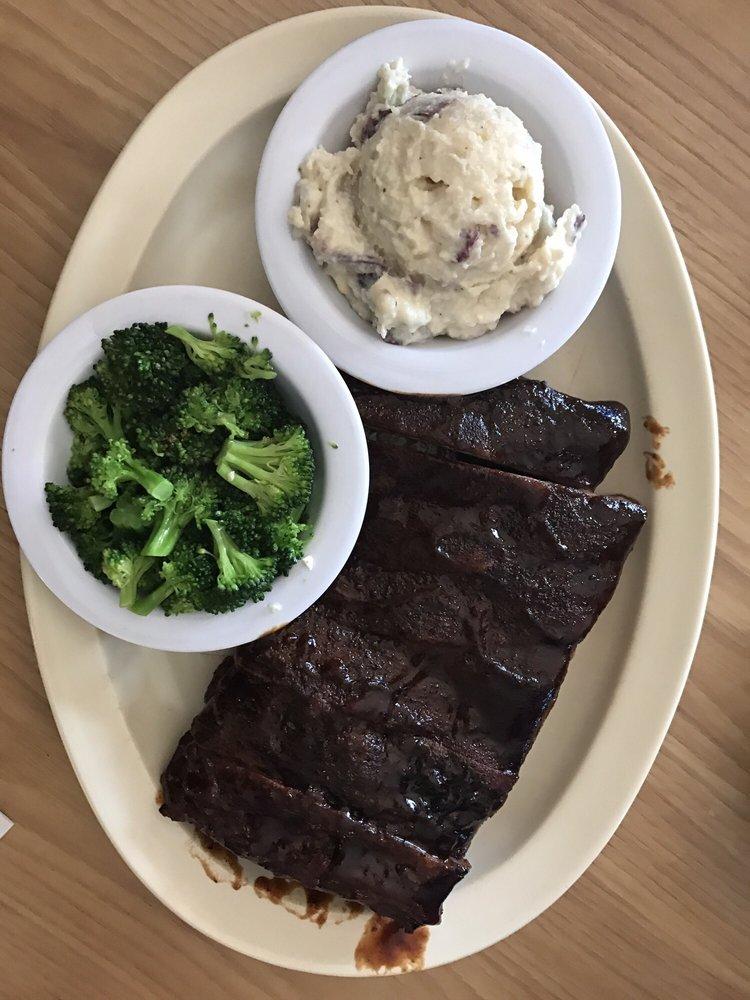 Smokin K's BBQ & More: 548 E Washington, Millstadt, IL