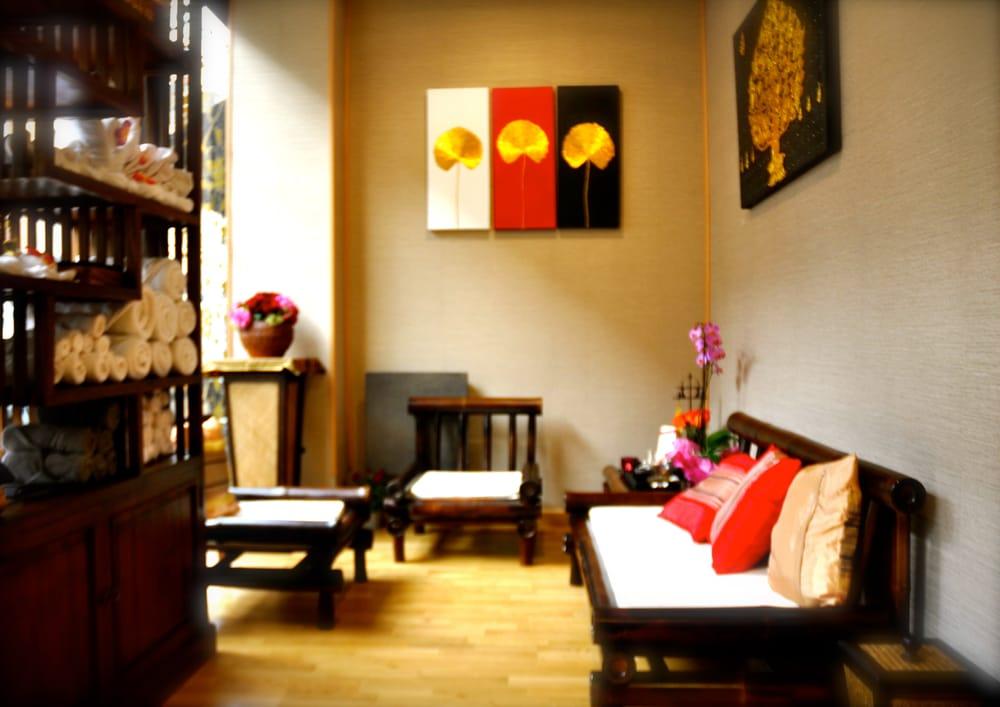 sirilanna 11 foton massage 4 rue robert giraudineau vincennes val de marne frankrike. Black Bedroom Furniture Sets. Home Design Ideas