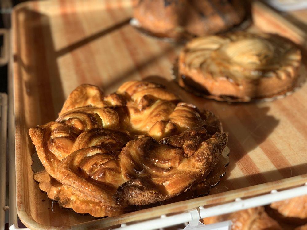 Saint Honore Pastry Shop: 993 Port Washington Blvd, Port Washington, NY
