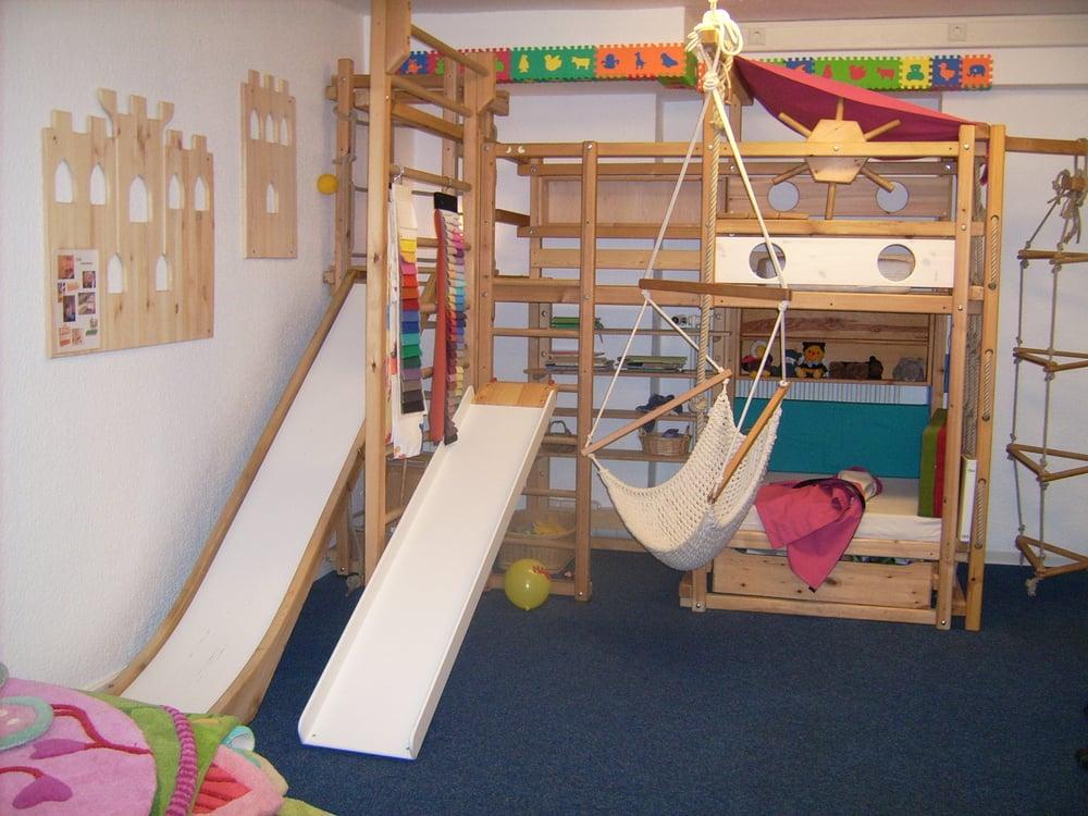 ein abenteuerbett von tau so hat der laden mal angefangen. Black Bedroom Furniture Sets. Home Design Ideas