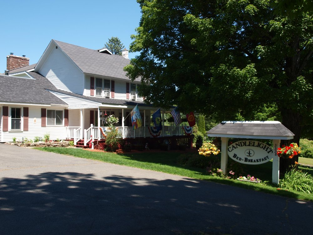 Candlelight Bed And Breakfast: 3358 Vt Rt 100, Jacksonville, VT