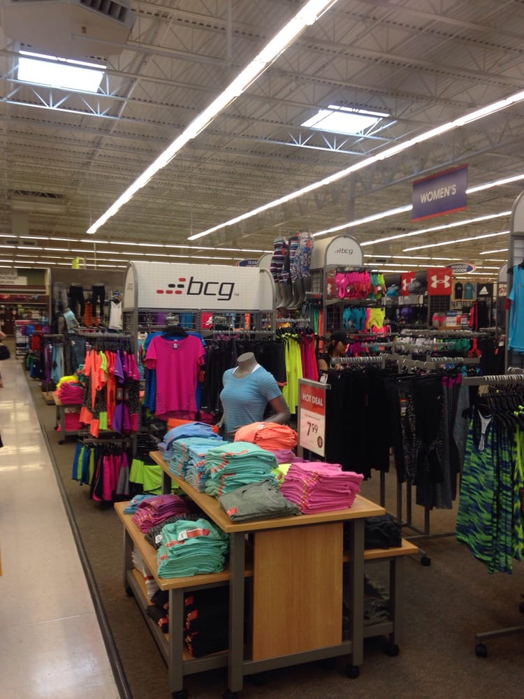 Academy Sports + Outdoors: 2710 N Maize Rd, Wichita, KS