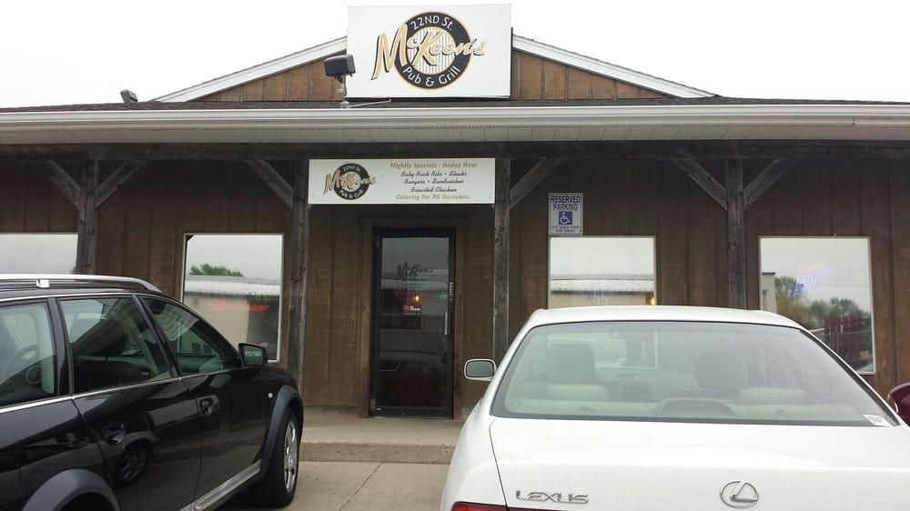 McKeen's Pub & Grill: 2608 22nd St, Spirit Lake, IA