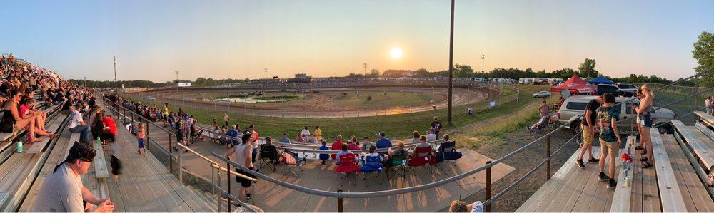 Cedar Lake Speedway: 2275 County Road Cc, New Richmond, WI