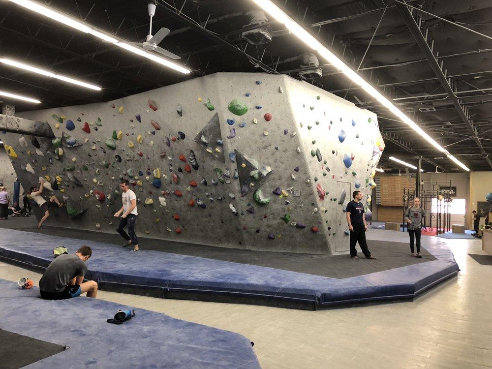 Central Rock Gym: 127 Smith Pl, Cambridge, MA