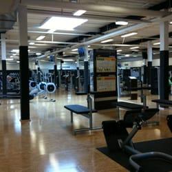 McFIT - Gyms - Langenmantelstr. 10, Augsburg, Bayern