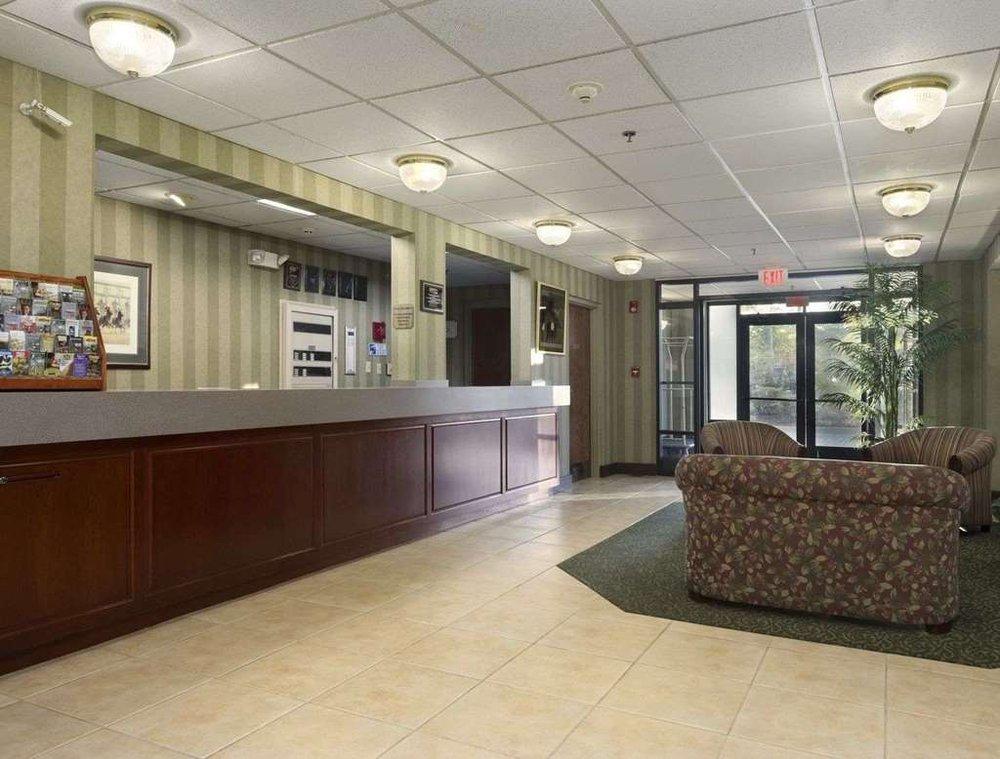 Baymont by Wyndham Lexington: 2221 Elkhorn Road, Lexington, KY