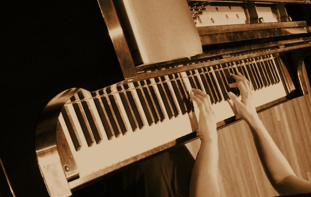 Lo's Piano Studio: Broadlands, VA