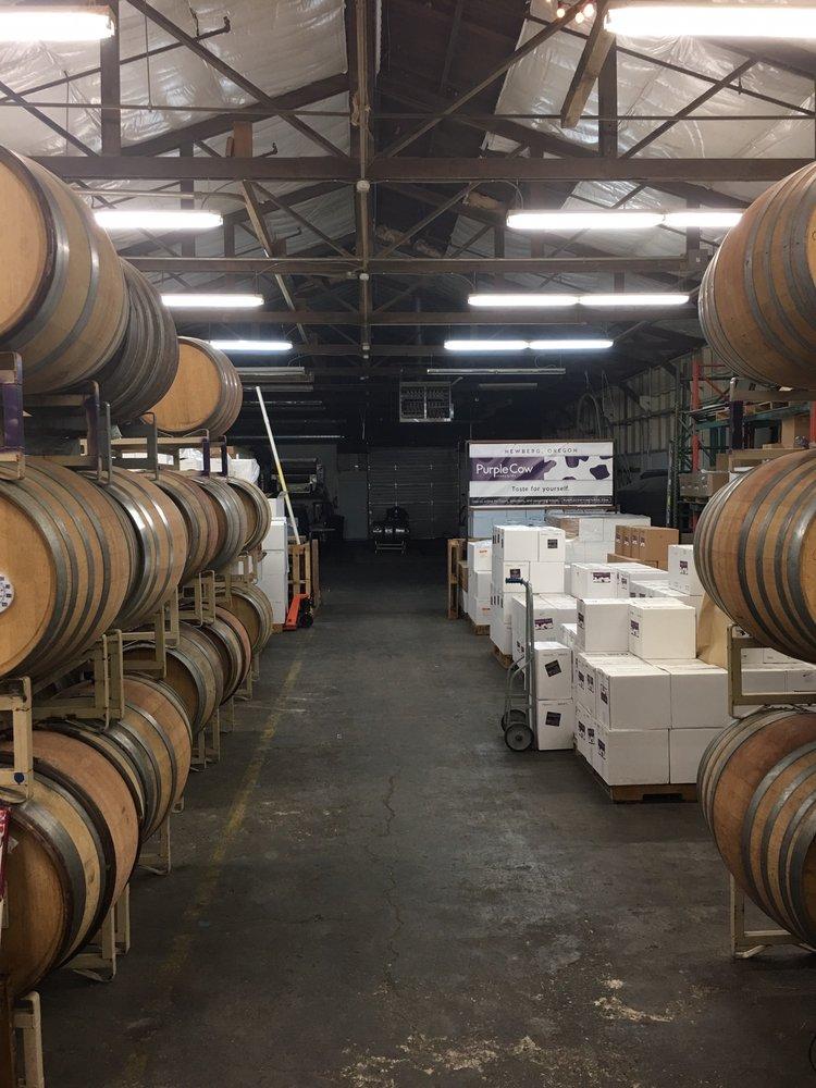 Purple Cow Vineyards: 3336 SE Amity-Dayton Hwy, Amity, OR
