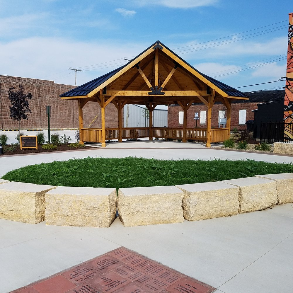 Monarch Commons: 117 E 5th St, Fowler, IN